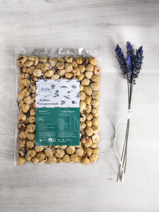envase de avellana europea tostada de 250 gramos