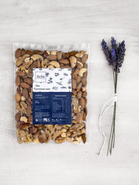 envase de mix premium nuts de frutos secos de 250 gramos