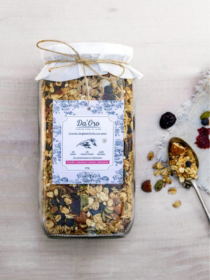 envase de granola sin gluten berries